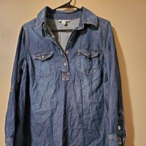 Liz Lange maternity Jeans shirt.